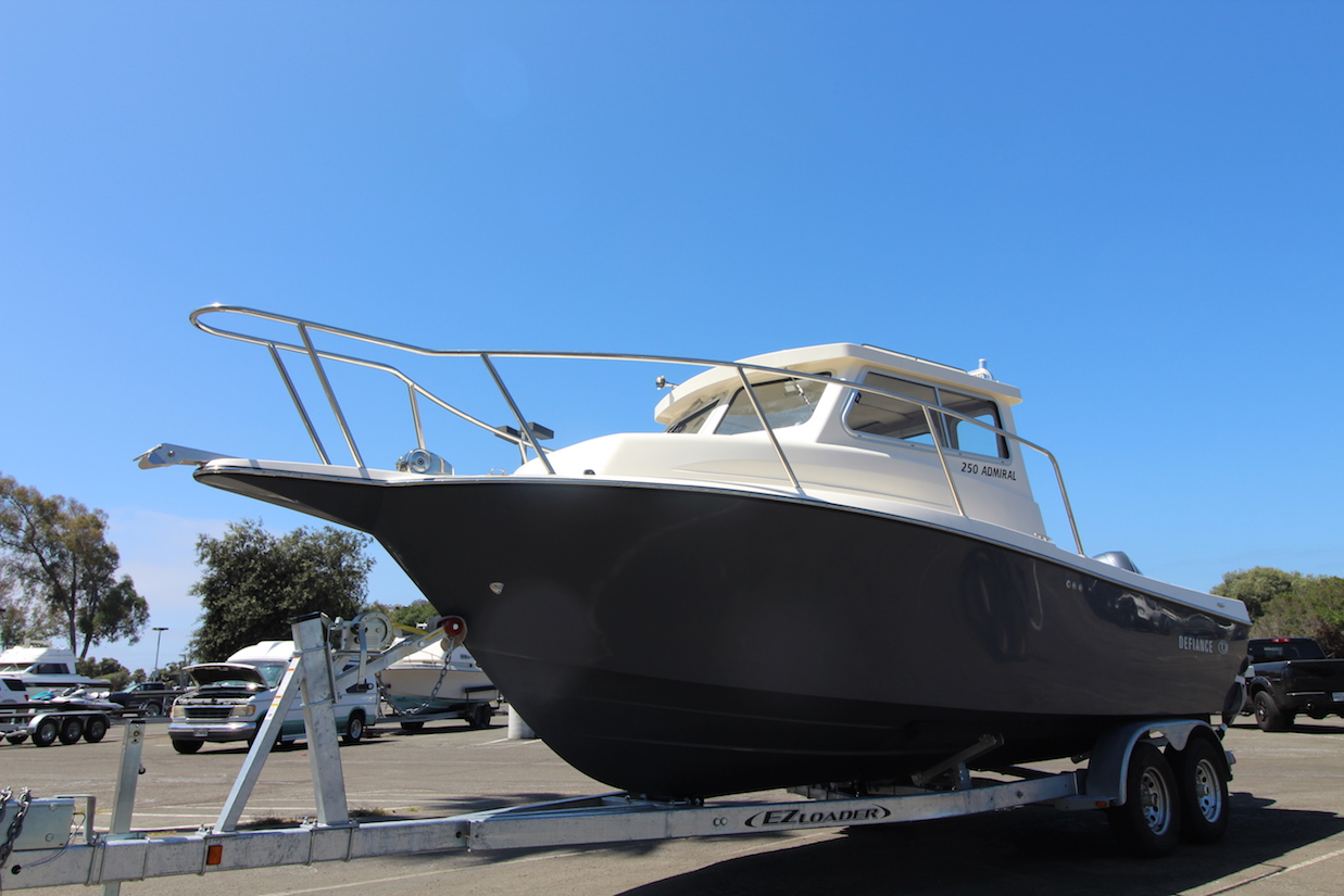 HHMarine_Southern California_Defiance Boat Dealer_250 Admiral