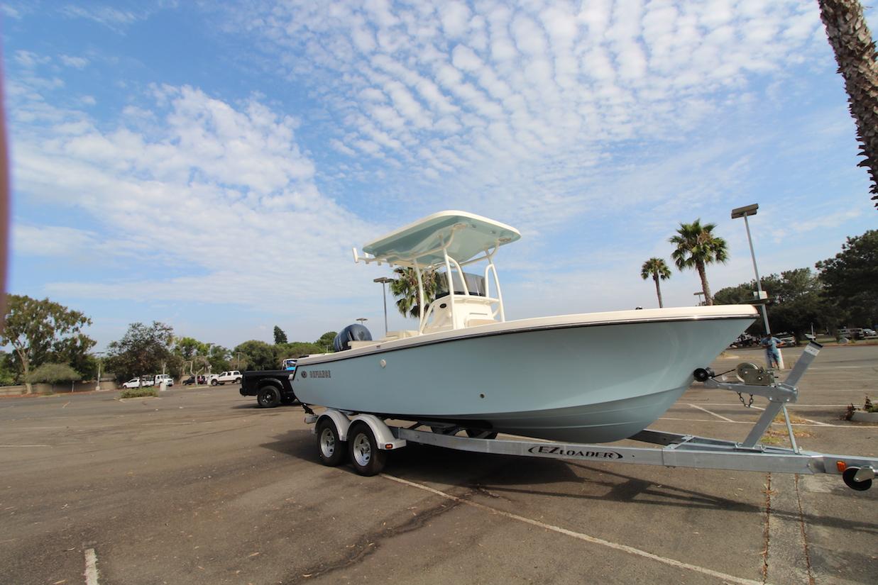 San Diego Boat Dealer_Walk Around Boat Dealer